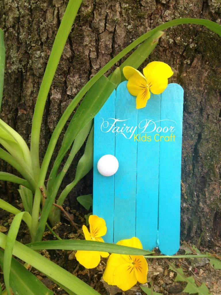 If you are looking for Summer Kids Crafts perfect for the garden look no further than this Fairy Door!