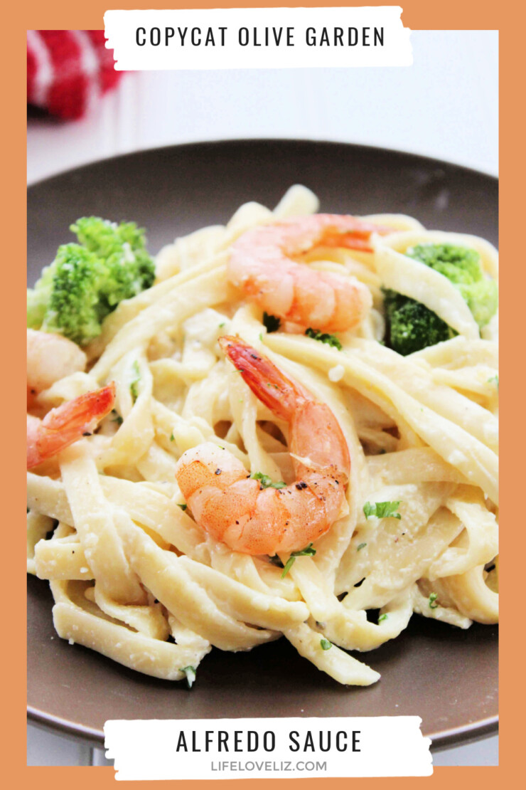 Creamy and delicious homemade Alfredo sauce, just like your favourite restaurant makes it. This recipe makes enough already sauce to serve the whole family for just a fraction of the cost of one plate at Olive Garden. Consider this recipe your new weeknight favourite.