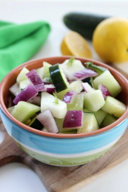 Honeydew-Cucumber-Salad