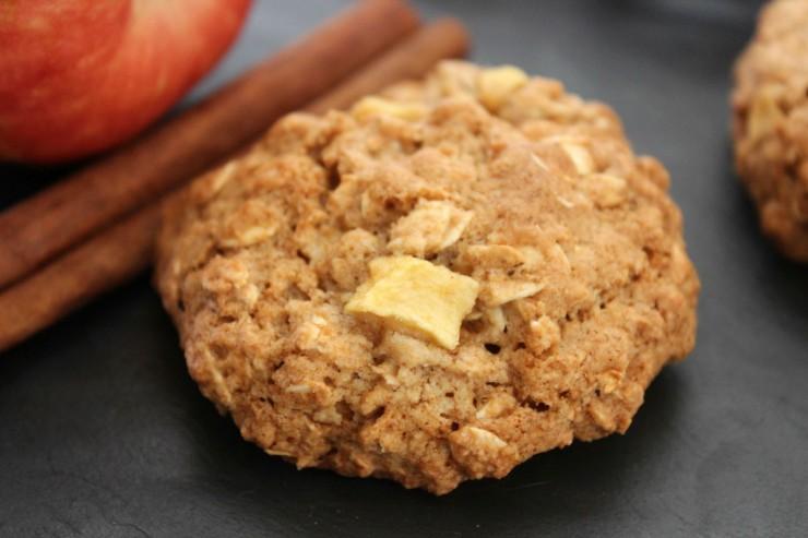 Cinnamon Apple Oatmeal Cookies - Life Love Liz