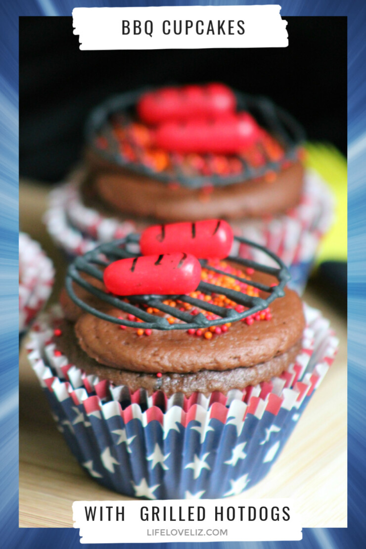 These adorable BBQ Cupcakes with Grilled Hot Dogs really are the perfect cupcakes for memorial day, father's day, 4th of July, labour day and just about any other summer celebration you can think of!