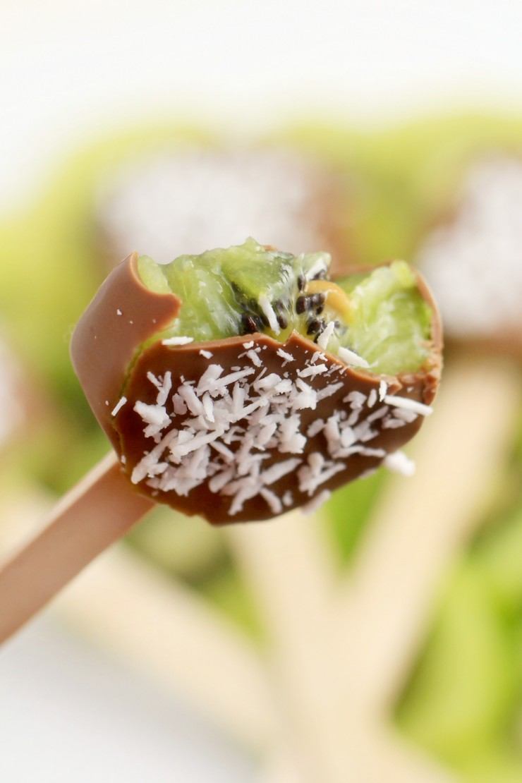 These Chocolate Covered Kiwi Pops are a cool summer treat that are easy to make and incredibly delicious!
