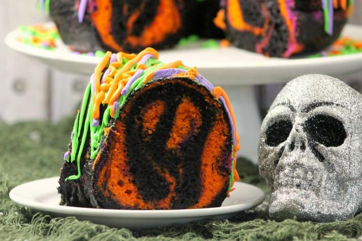 spooky-bundt-cake-4-3