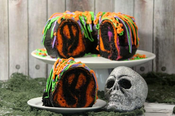 spooky-bundt-cake-4-4