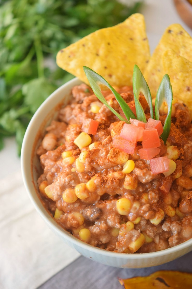 This Creamy Turkey & Corn Chili is a delicious twist on the classic dish. Turkey chili paired with a creamy sauce, corn and beans makes for a flavourful family meal.
