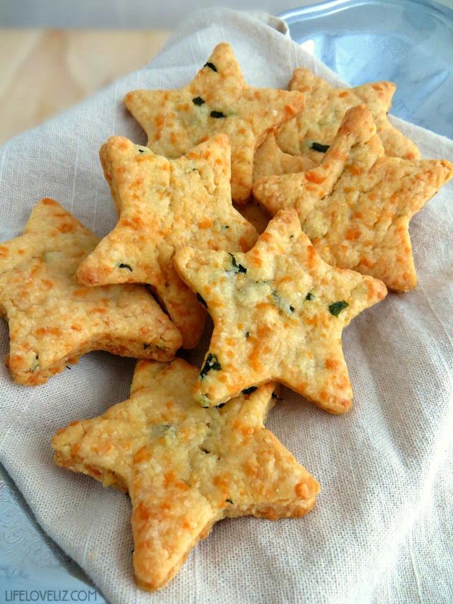 parmesan-cheddar-basil-bites-appetizer-640x853