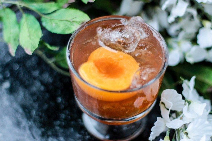 The Peach Praline Cocktail is a refreshing drink with a nutty-sweet flavour and a hint of spice. You could easily mistake it for dessert, it is that good!