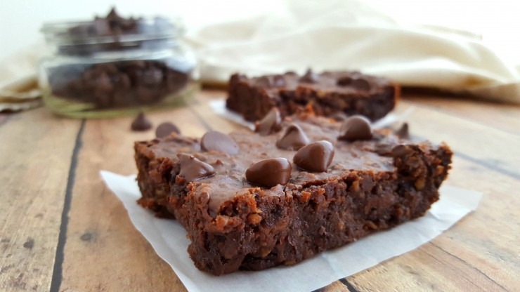 These Vegan Double Chocolate Black Bean Brownies are a healthier take on the traditional brownie. It's a wonderful treat for vegans but everyone else is sure to love it too!