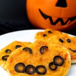Halloween Mini Pumpkin Pizzas