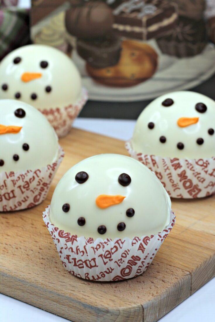 Snowman Hot Chocolate Bombs