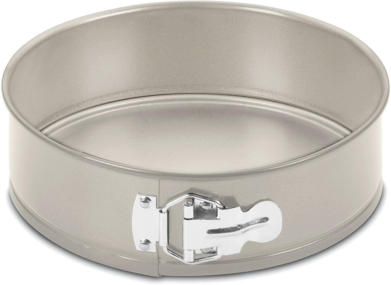 Cuisinart 9-Inch Chef's Classic Nonstick Bakeware Springform Pan
