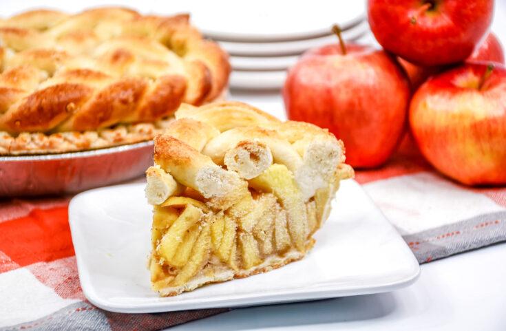Salted Caramel Apple Pretzel Pie